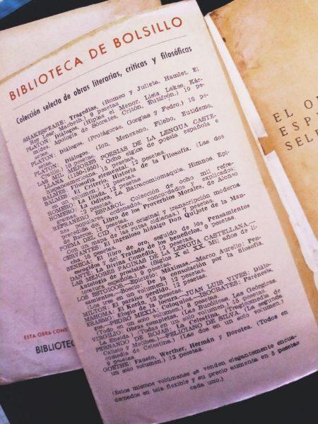 Biblioteca de bolsillo de la Librería Bergua